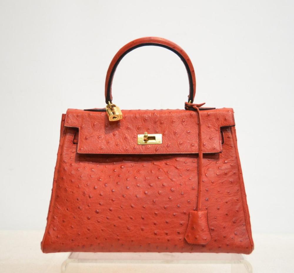 0e9457df19 Handbags & Purses - Designer Brands for Sale at Online Auction | Buy ...