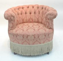TUFTED UPHOLSTERED BARRELL CHAIR WITH
