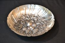 S.KIRK & SONS STERLING BERRY & FRUIT REPOUSSE BOWL