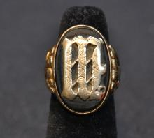 14kt ONYX MANS RING WITH LARGE INITIAL ;