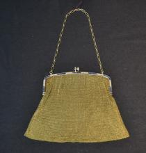 ANTIQUE 14kt GOLD MESH EVENING BAG WITH