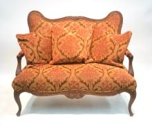 UPHOLSTERY SETTEE WITH PILLOWS