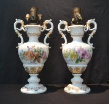 (Pr) LARGE MEISSEN PORCELIAN TWIN HANDLE LAMPS