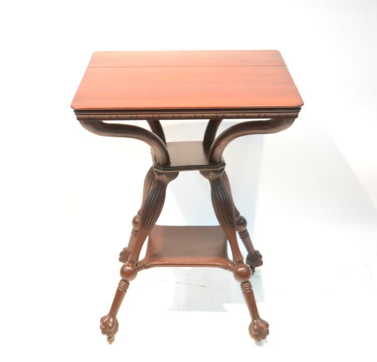 VICTORIAN MAHOGANY TABLE WITH PAW FEET