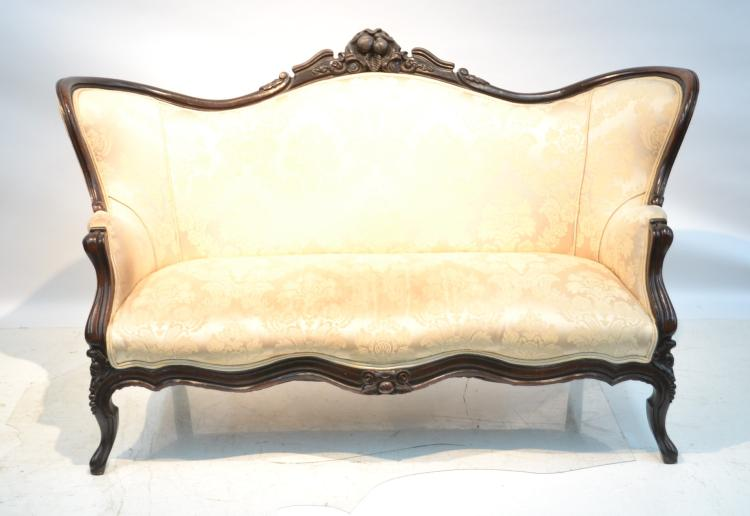 VICTORIAN UPHOLSTERED SOFA WITH FRUIT CARVED