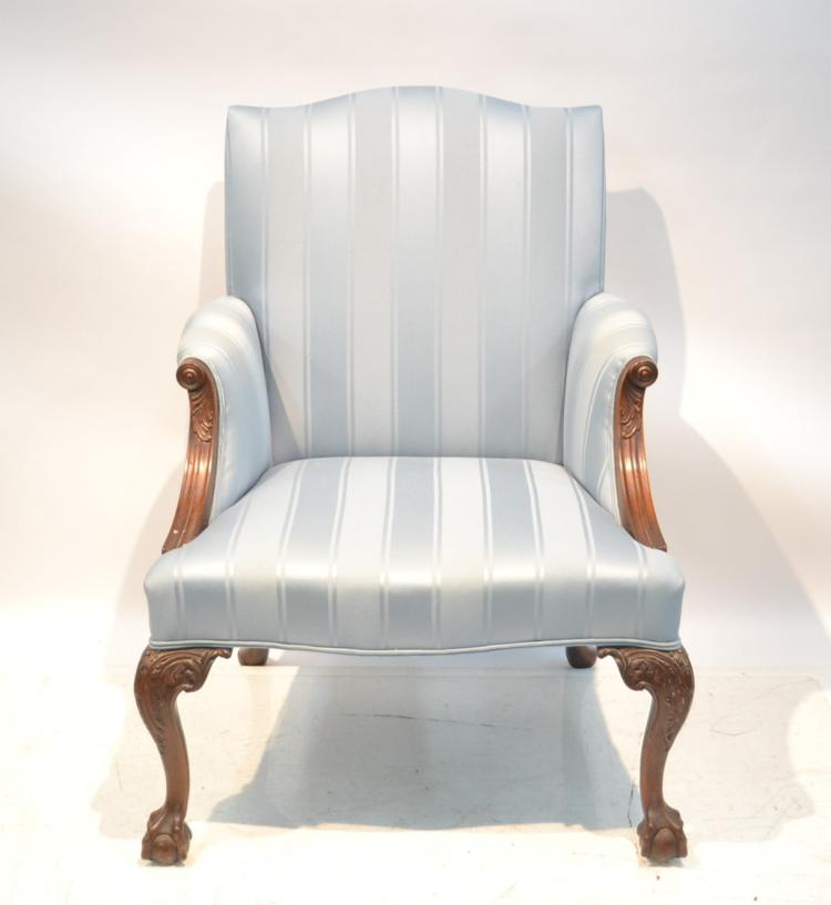 MAHOGANY CHIPPENDALE STYLE UPHOLSTERED CHAIR