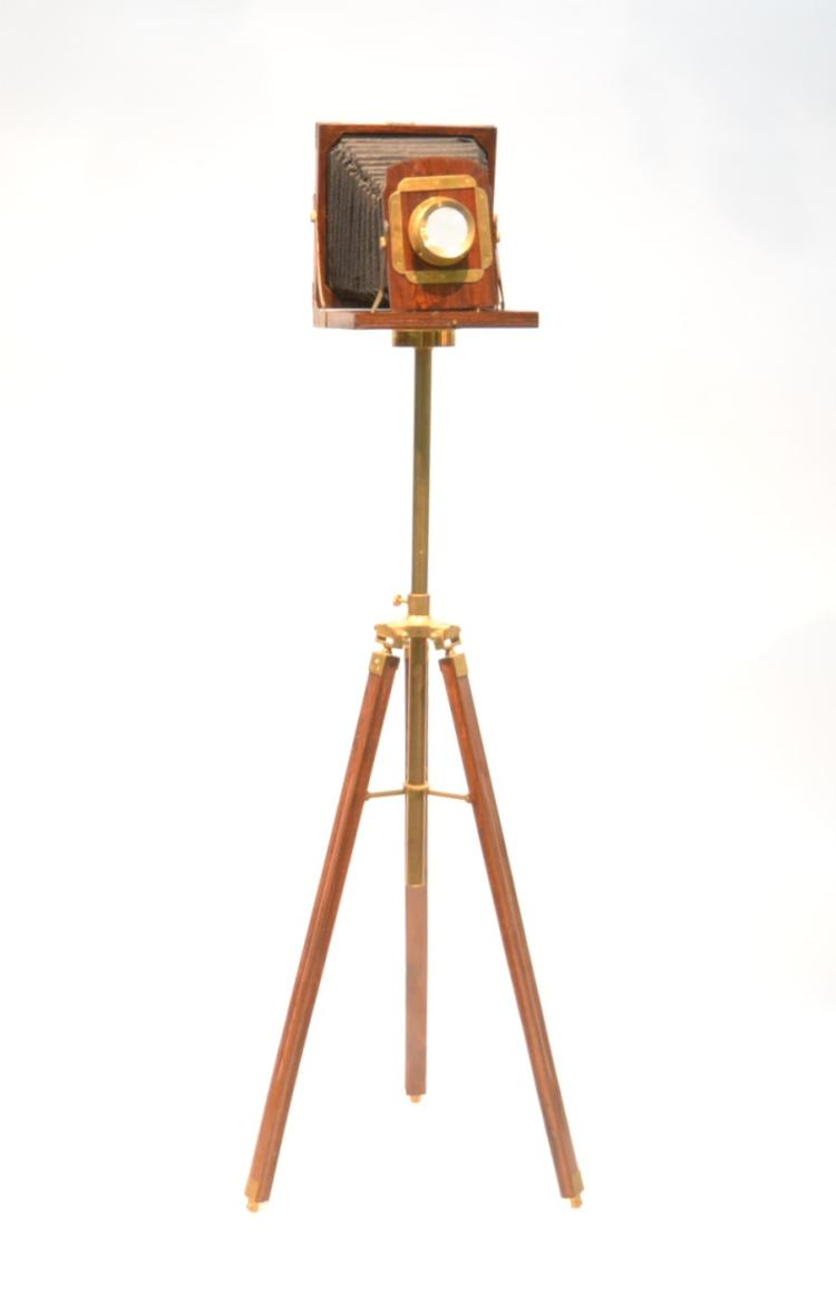 ANTIQUE FOLDING VIEWER WITH BRASS MOUNTS