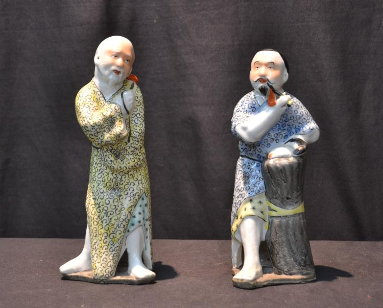 (Pr) CHINESE PORCELAIN MEN FIGURES