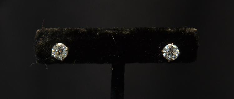(Pr) PLATINUM 1ct DIAMOND STUD EARRINGS WITH