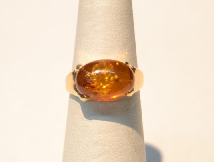 14kt GOLD AMBER RING - 3.1grams ; SIZE 6 1/2