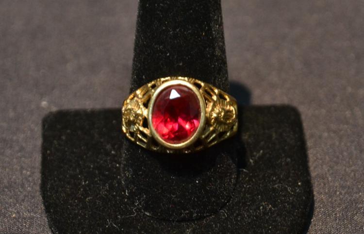 14kt GOLD RED STONE FILIGREE RING