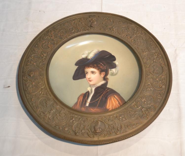 PORCELAIN PORTRAIT PLATE OF VICTORIAN WOMAN