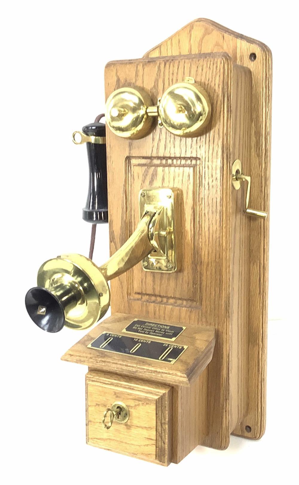 Kellogg Crank Style Oak Case Telephone