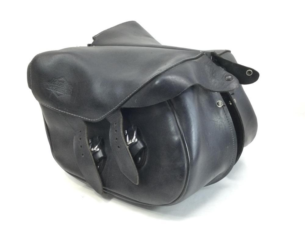 Harley Davidson Leather Bike Mount Saddle Bags