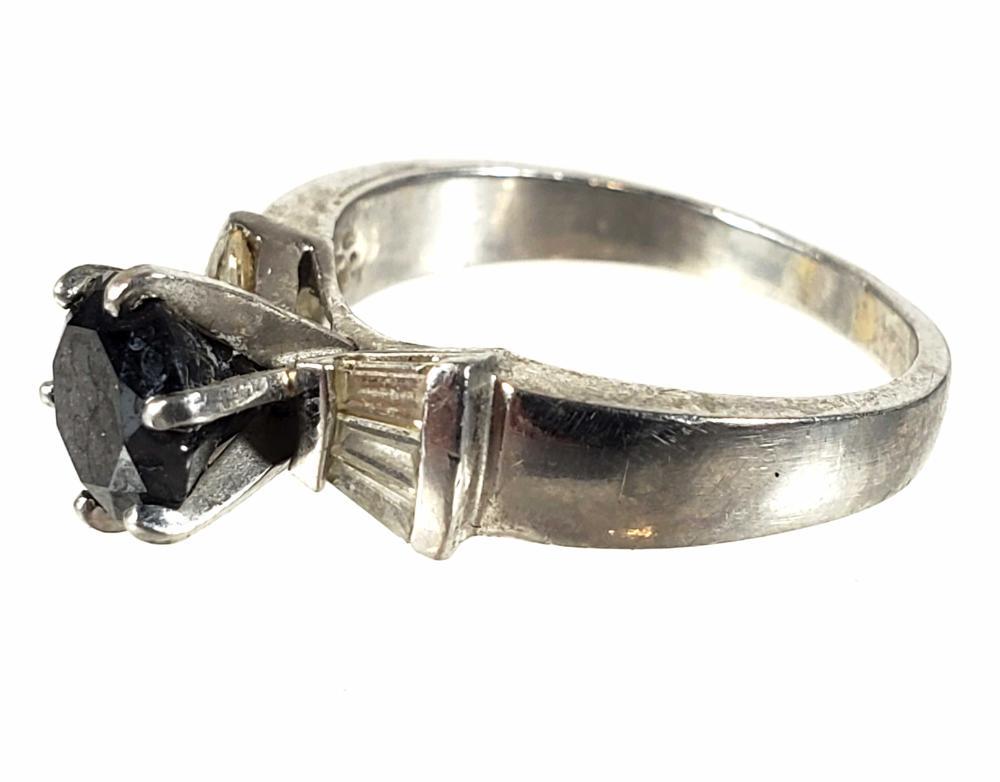 950 Platinum Black & Baguette Diamond Ring Size (7)
