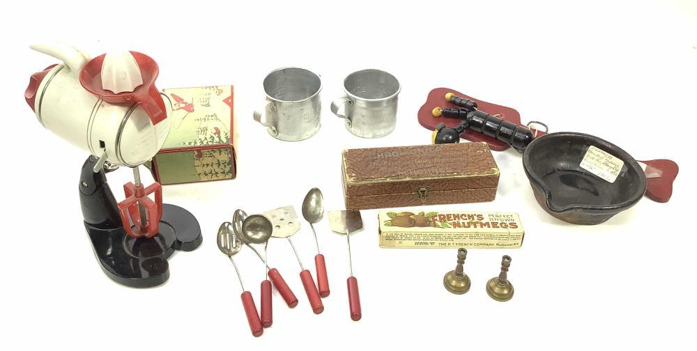 Vintage Toy Blender, 1940's Fisher Price Tailspin