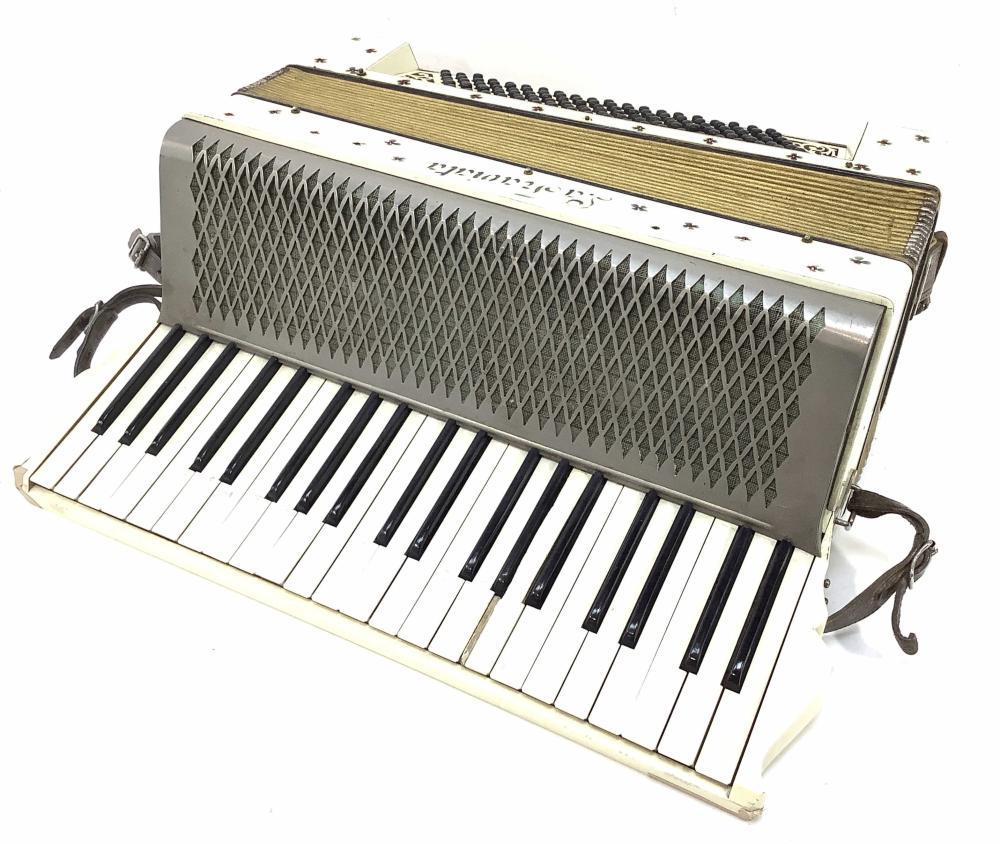 Vintage La Traviata Piano Accordion