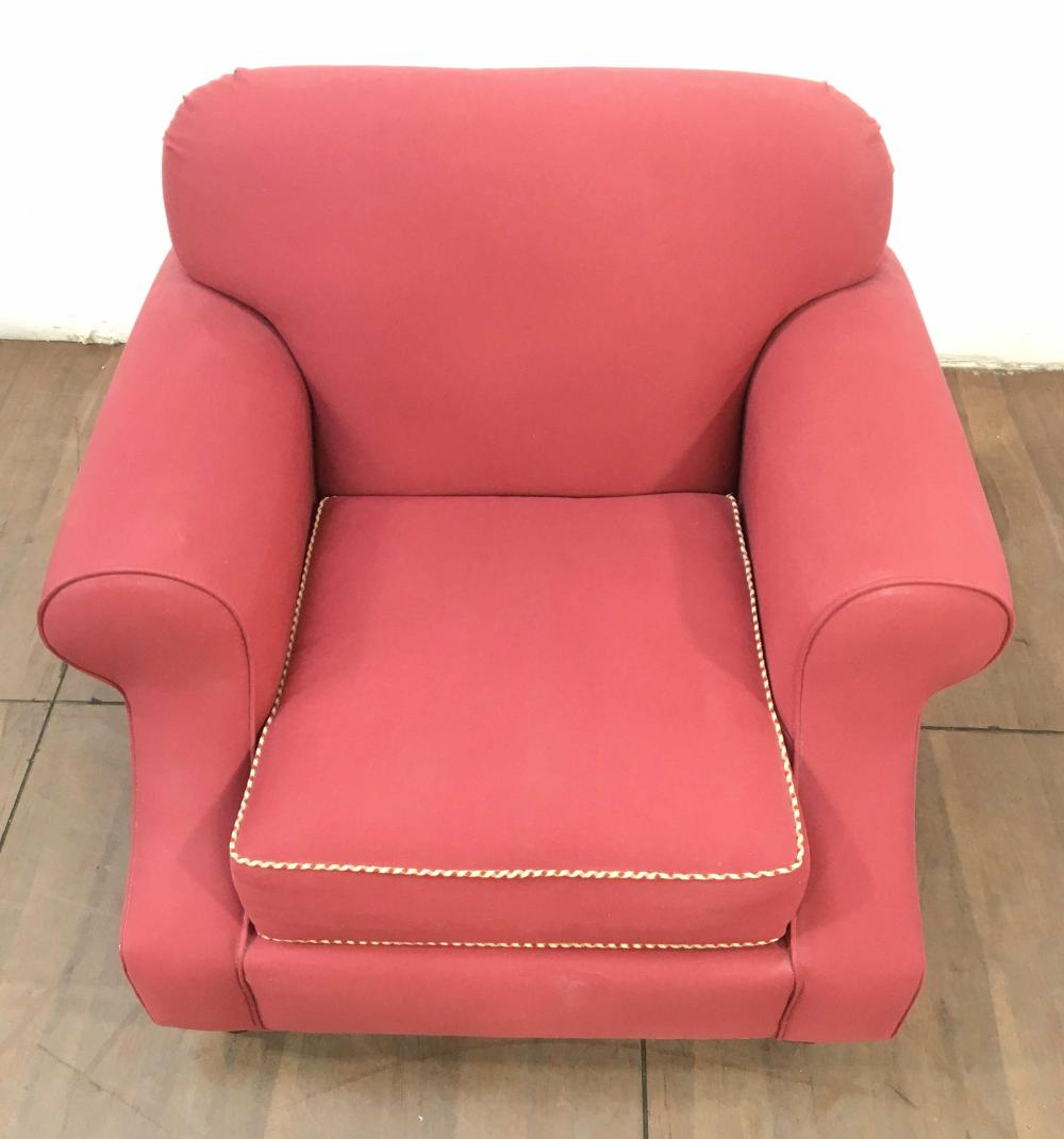Havertys Transitional Red Canvas Textile Club Chair