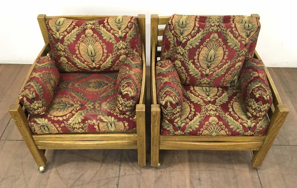 Pair Of Stav Transitional Style Oak Club Chairs