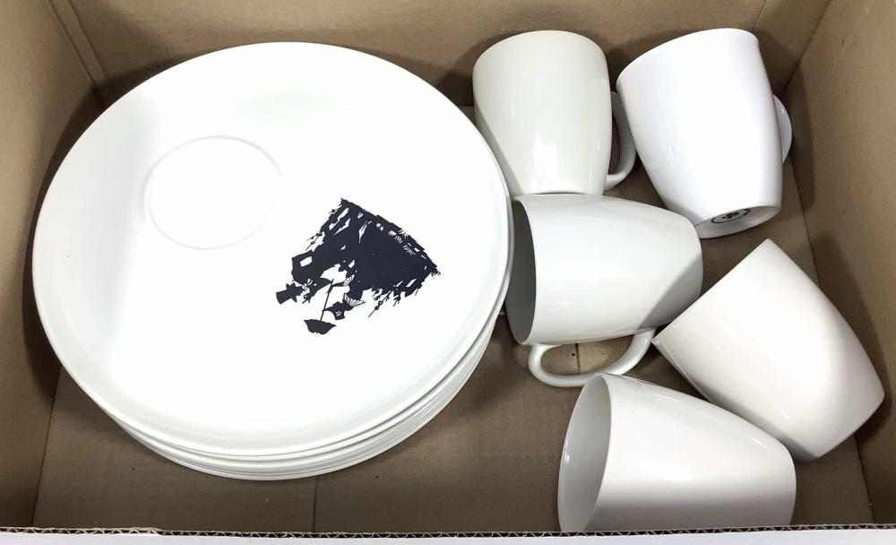 (8) WS George Lunch Plates, (5) Corelle Cups