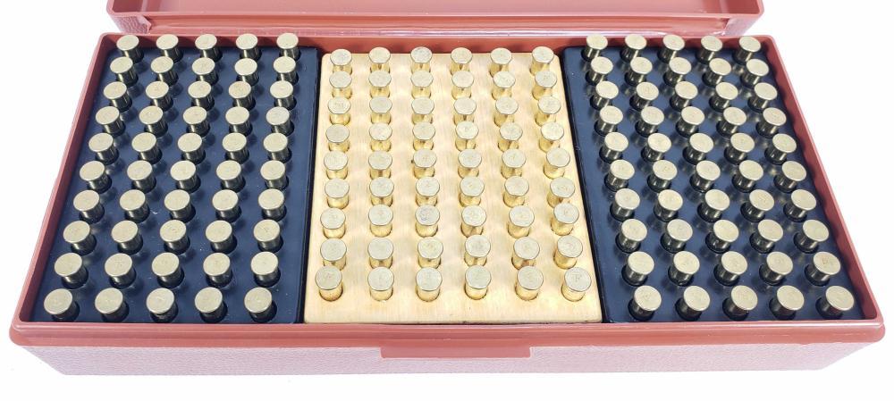 (924) Rds. Misc. .22lr Ammunition w/ Cases