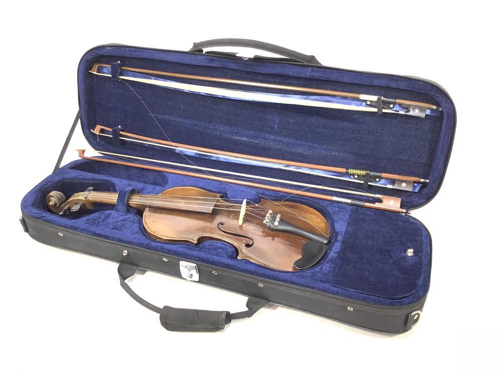 Vintage 3/4 Violin With Case & (3) Bows