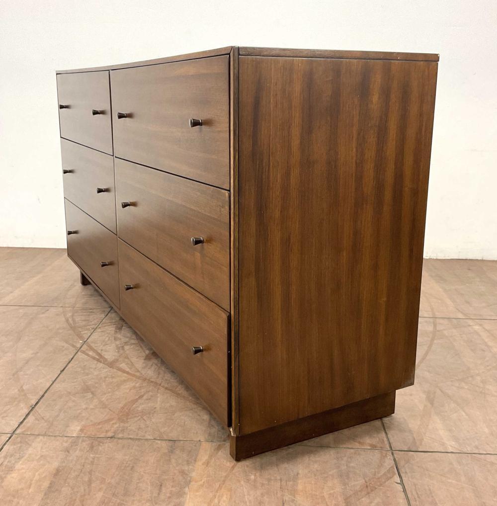 Home Meridian Contemporary Maverick Double Dresser
