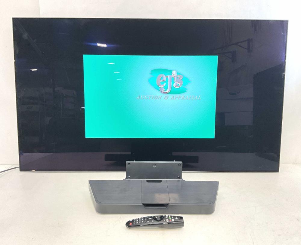 LG 55in 4K Smart OLED UHD TV w/ Mount & Remote