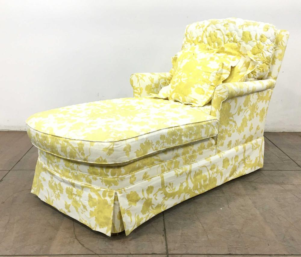 Traditional Skirted Chaise Longue Chair