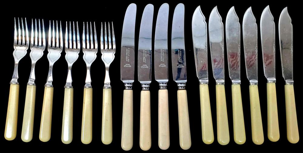 (16pc) Yeoman Silver Plate Fish Knives & Forks