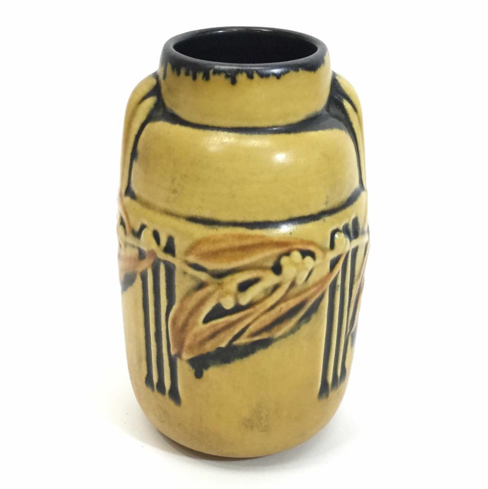 Vintage Roseville 6in Laurel Ovoid Vase 182