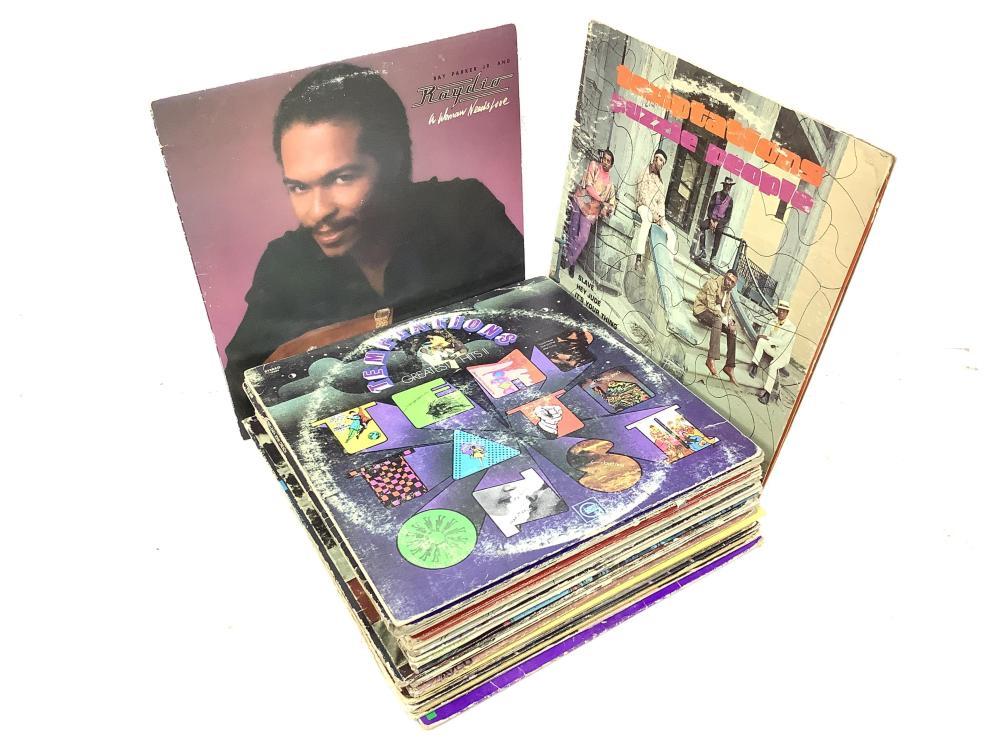 (35) Vintage Vinyl Records, War, Temptations