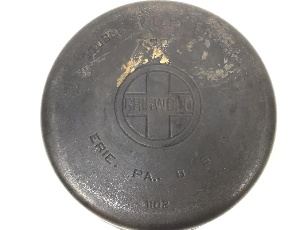 Griswold Cast Iron #8 Double Skillet