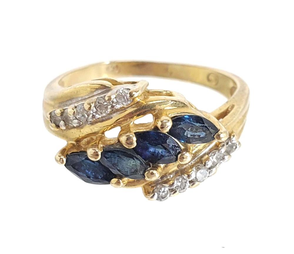 14K Gold, Diamond & Blue Topaz Ring Size (4.25)
