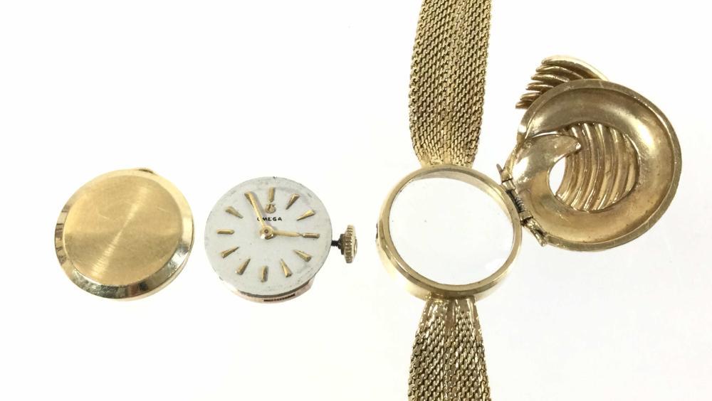 14K Gold Omega 17 Jewel 483 Movement Watch