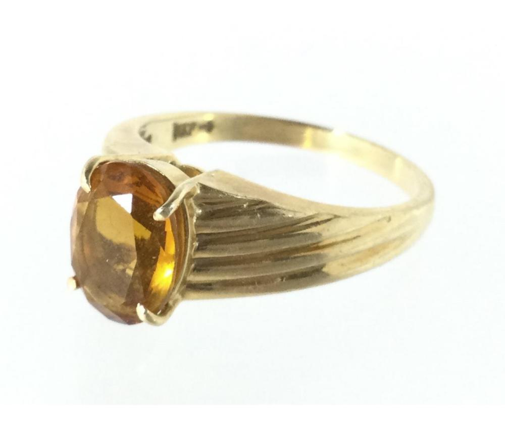 14K Gold & Cubic Zirconia Ring Size (6.5)