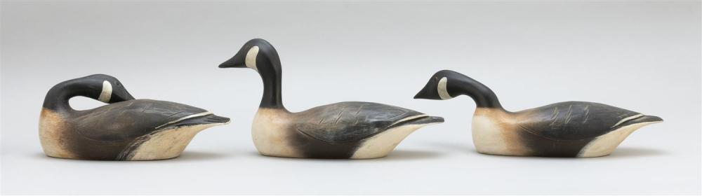THREE HANK WALKER QUARTER-SIZE CANADA GEESE Each with different head positions. Lengths from 11