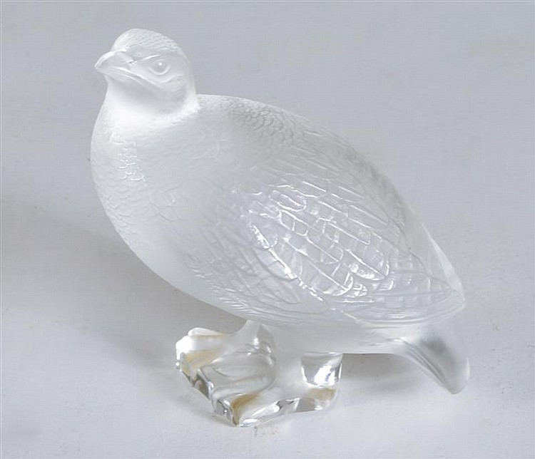 LALIQUE CRYSTAL QUAIL FIGURE. Signed