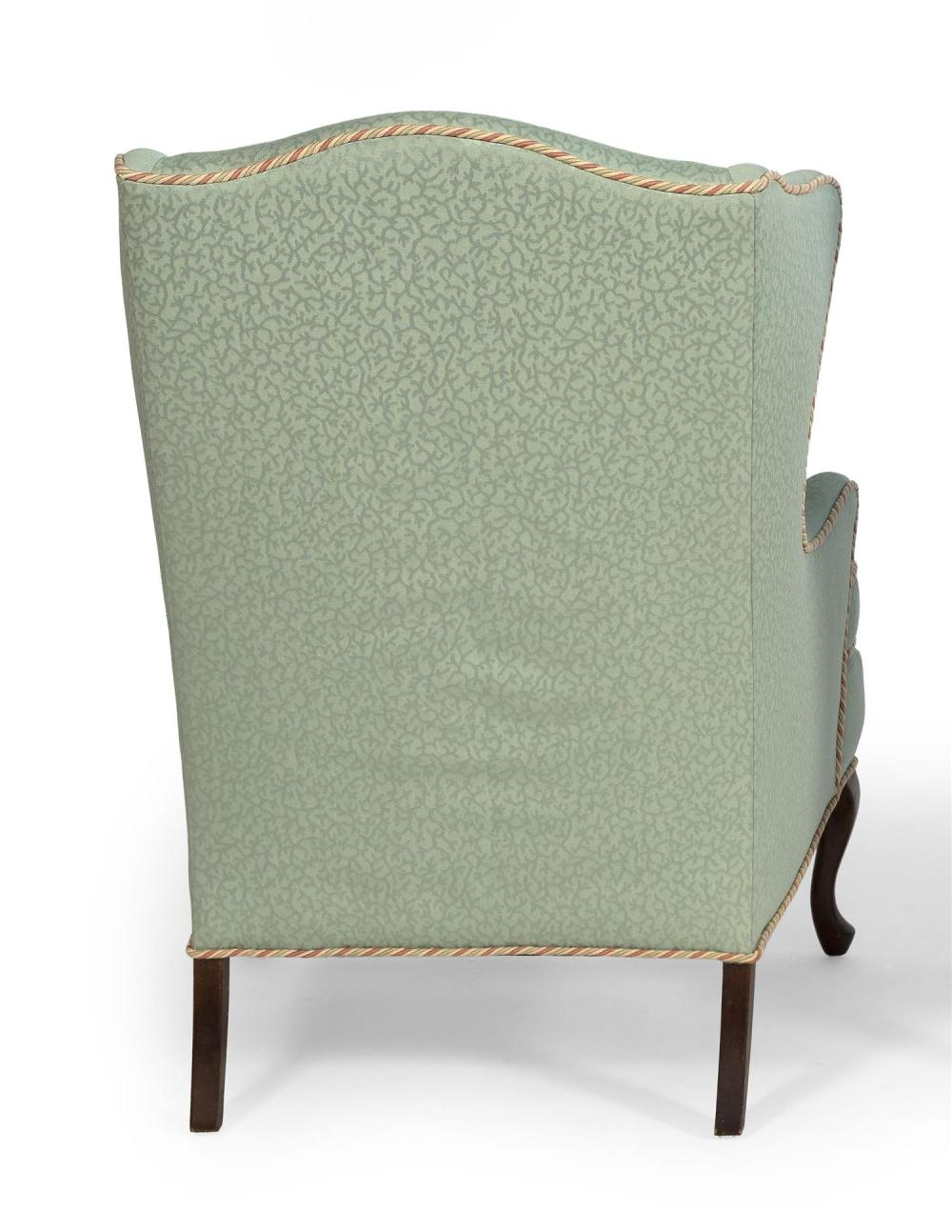 QUEEN ANNE-STYLE WING CHAIR Mahogany legs. Green upholstery. Back height 41.5