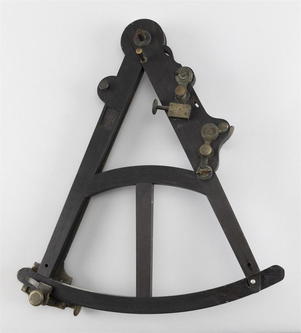 BRASS, MAHOGANY AND BONE SEXTANT Height 15
