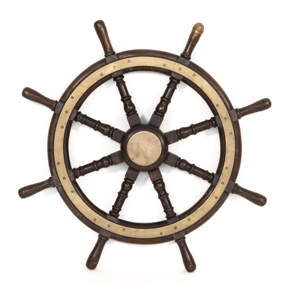 EIGHT-SPOKE YACHT WHEEL With brass band and hub. Diameter 33