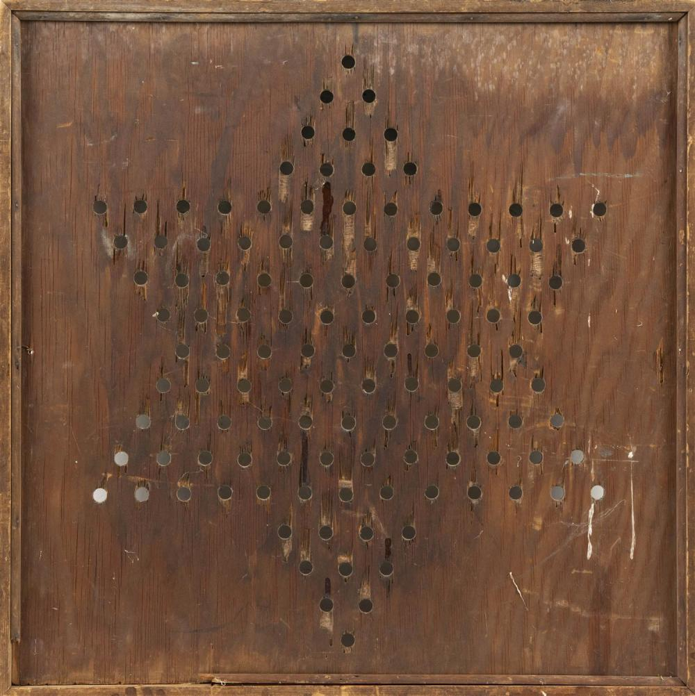 CHINESE CHECKERS GAME BOARD Pierced playing positions. 25