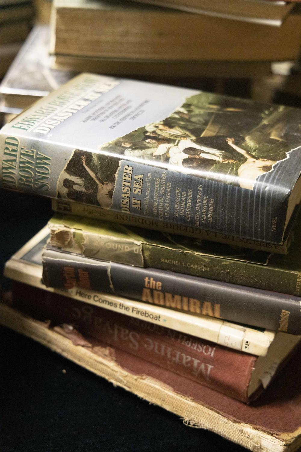 APPROX. 369 MARINE AND MILITARY RELATED BOOKS