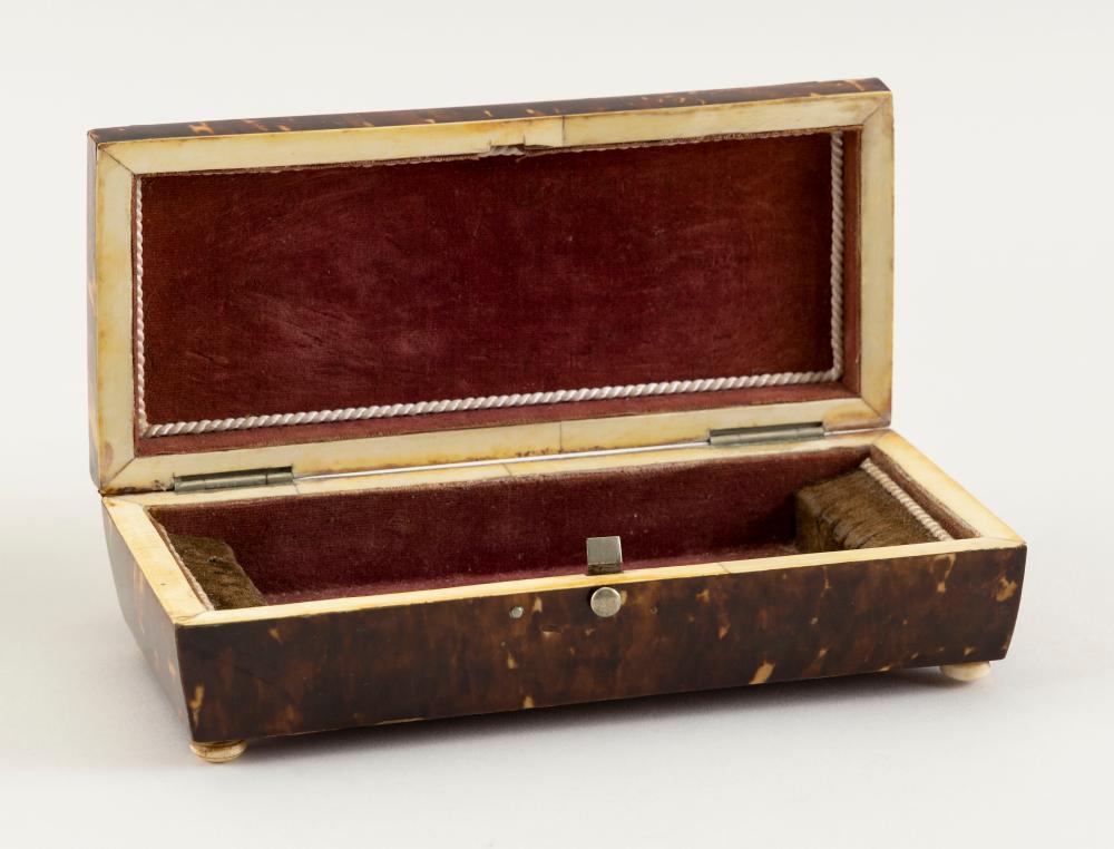 "SHELL DRESSER BOX 19th Century Height 2"". Width 7"". Depth 3""."