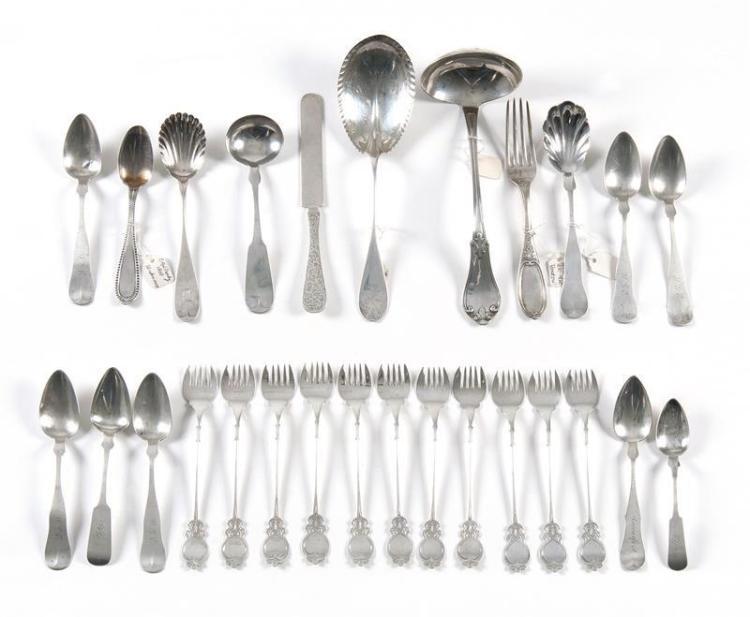 Palmer /& Bachelders Scalloped Coin Silver Sugar Spoon