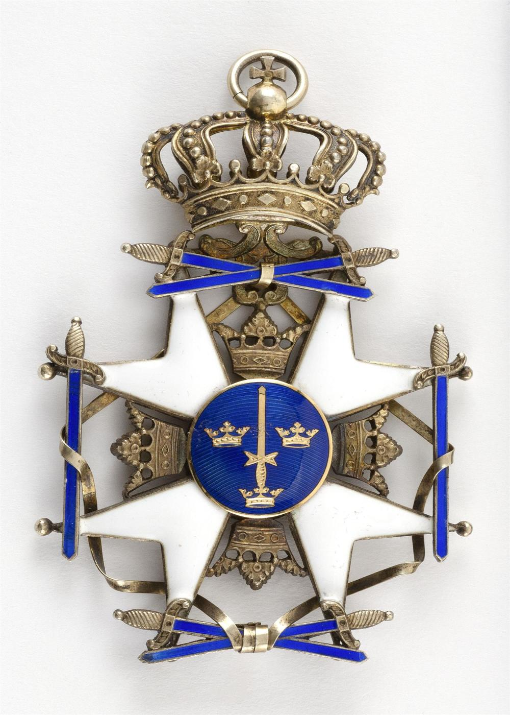 SWEDISH ORDER OF THE SWORD BADGE Gilt silver and enamel. French swan guarantee mark. Length 3