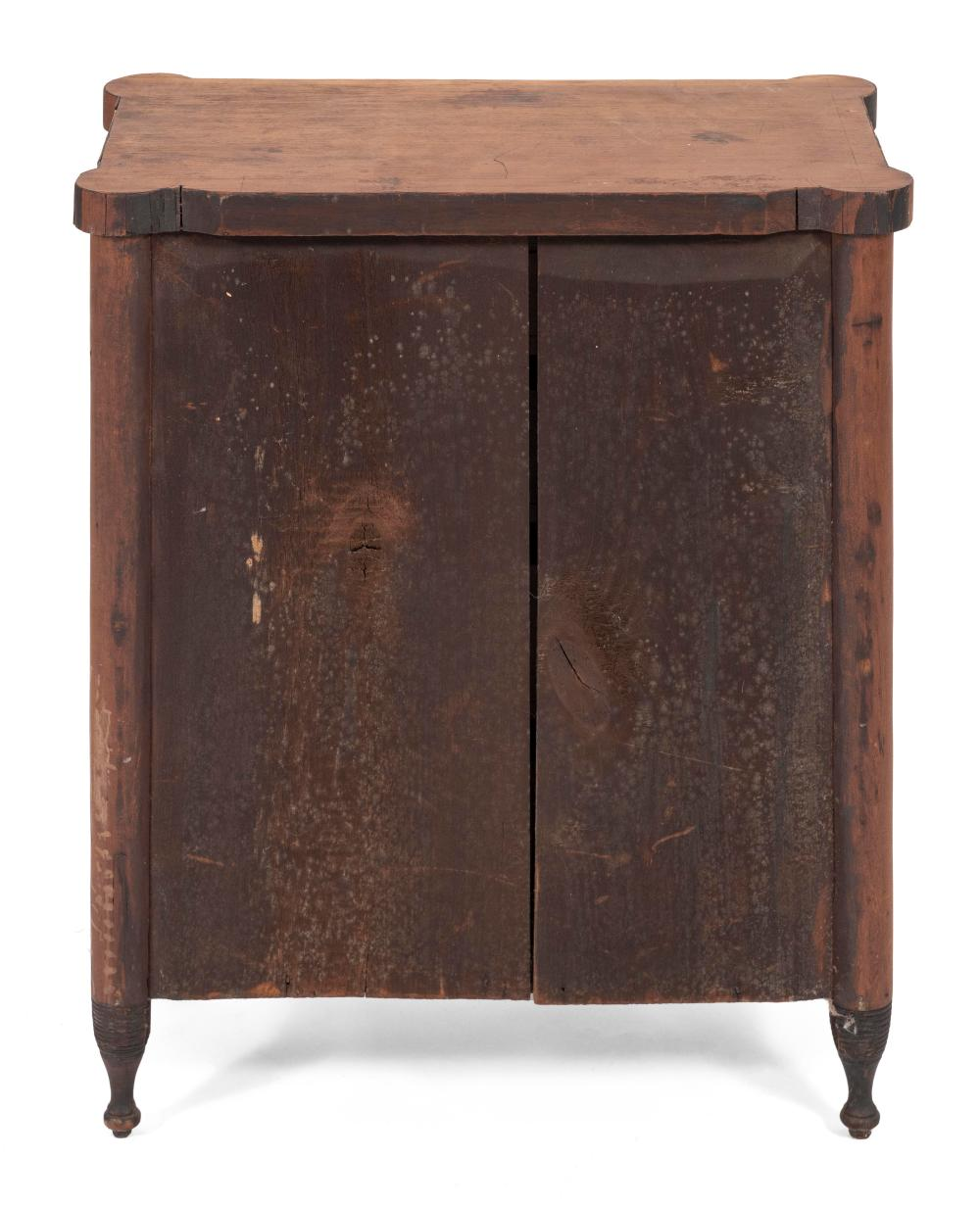 CHILD'S SHERATON FOUR-DRAWER CHEST First Quarter of the 19th Century Height 25.25
