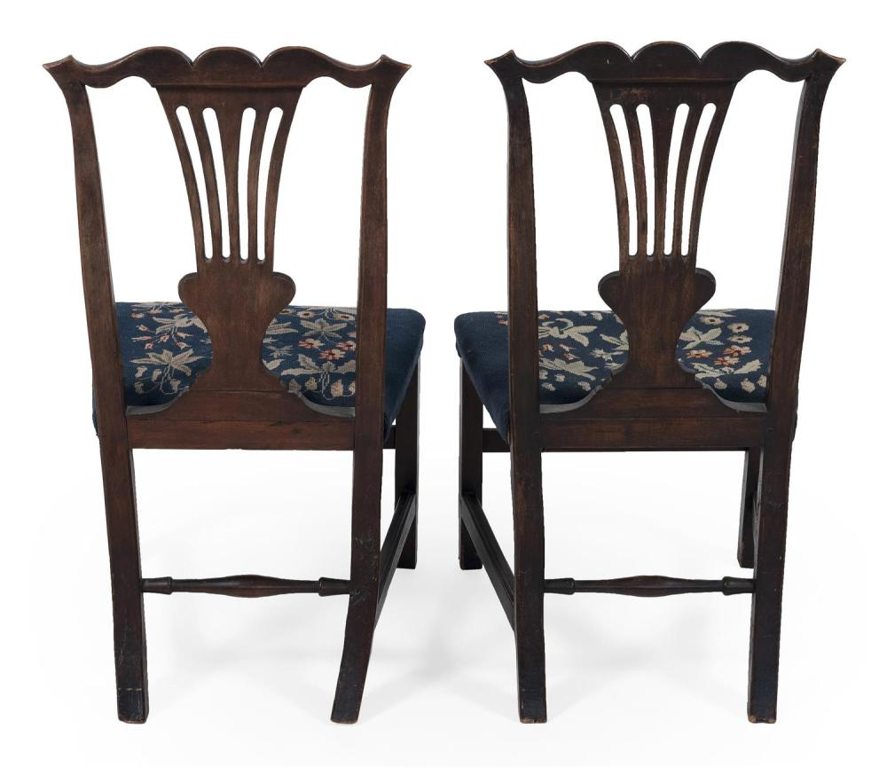 PAIR OF HEPPLEWHITE SIDE CHAIRS Back heights 38