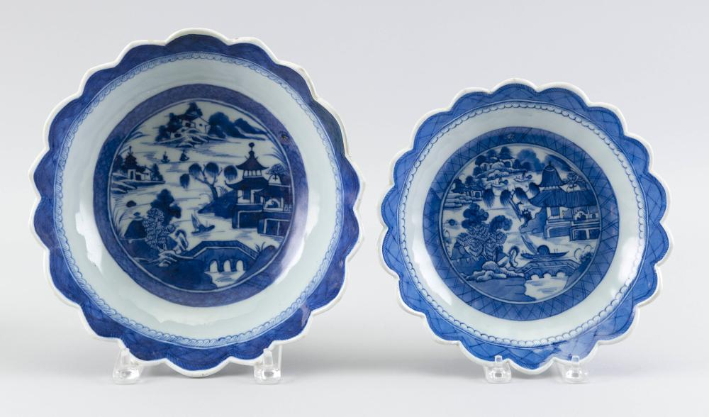 TWO CHINESE EXPORT CANTON PORCELAIN BOWLS 19th Century Diameters 9