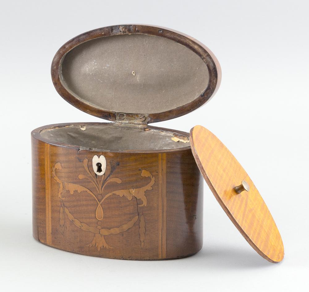 ENGLISH OVAL TEA CADDY 19th Century Height 5